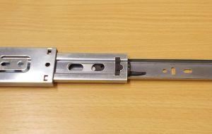 Kuličkový nábytkový plnovýsuv, boční montáž, délka 450 mm