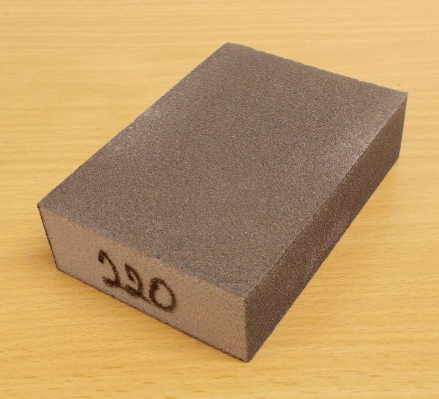 Brusná houba čtyřstranná,molitan, zrnitost 220, rozměr 60,68x98x27mm