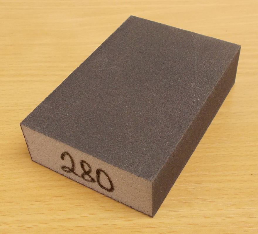 Brusná houba čtyřstranná,molitan, zrnitost 280, rozměr 60,68x98x27mm