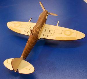 Dřevěné 3D puzzle - letadlo Spitfire