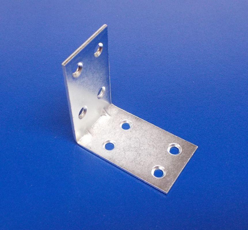 Úhelník s prolisem 30x40x40 mm, zinek bílý,tl.2mm, bal.=50ks