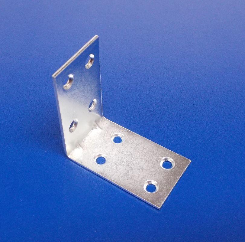 Úhelník s prolisem 30x50x50 mm, zinek bílý,tl.2mm, bal.=50ks
