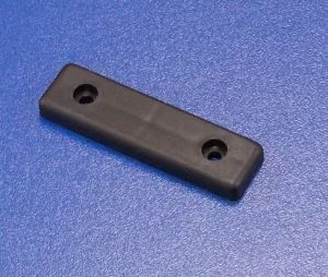 Soklová podnož 2 děrová , černá   balení=100 ks