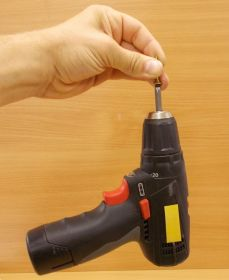 Vrut do dřeva se záp.hl. Uniquadrex zinek žlutý , 3x16 mm,bal=1000ks