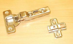 Závěs STRONG Clip, polonaložený , 110st., včetně patky