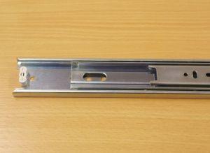 Kuličkový nábytkový plnovýsuv, boční montáž, délka 800 mm