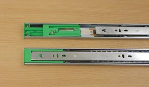 Kuličkový plnovýsuv s tlumením,značka FGV, délka 350 mm