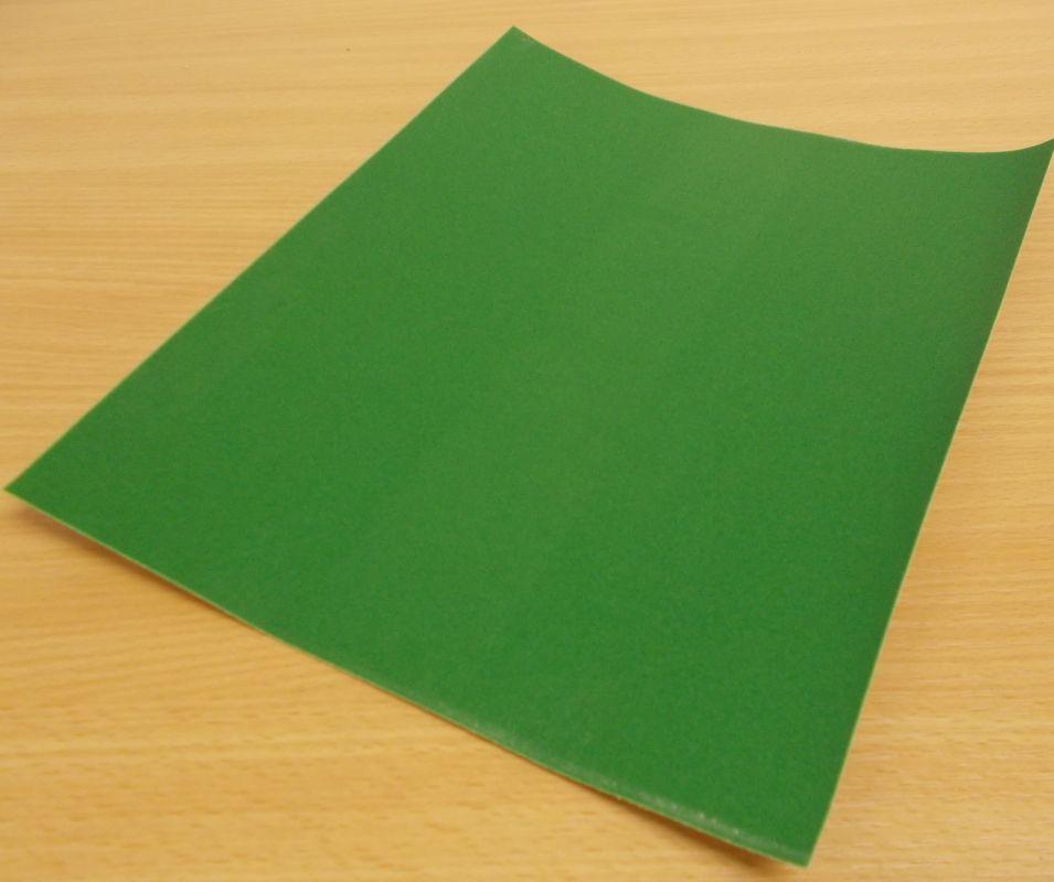 Brusný papír , voda 230x280 mm zrnitost 220