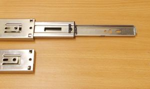 Kuličkový plnovýsuv s tlumením,Zn-45mm ,zn.Level Slide, délka 550 mm